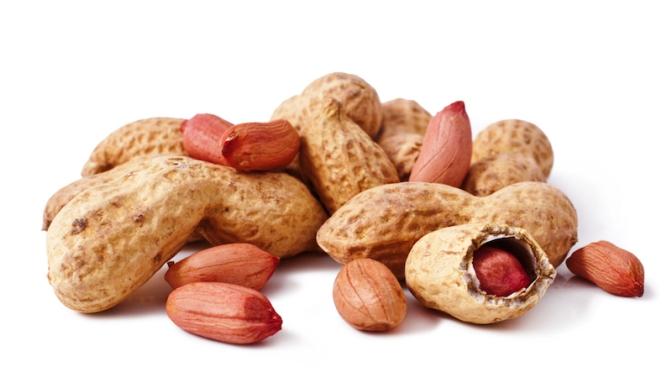 Snacking on Peanuts May Extend Your Life