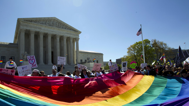 Supreme Court Legalizes Gay Marriage Nationwide