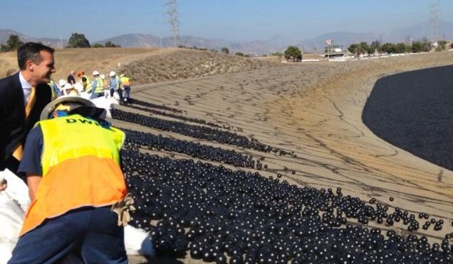 LA Dumps Millions of Plastic Balls in City Reservoir to Fight Drought