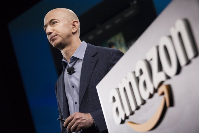 Amazon sues 1,114 people offering fake product reviews