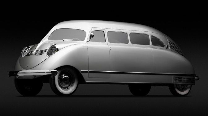 17 of the Most Beautifully Bizarre Cars Ever Designed