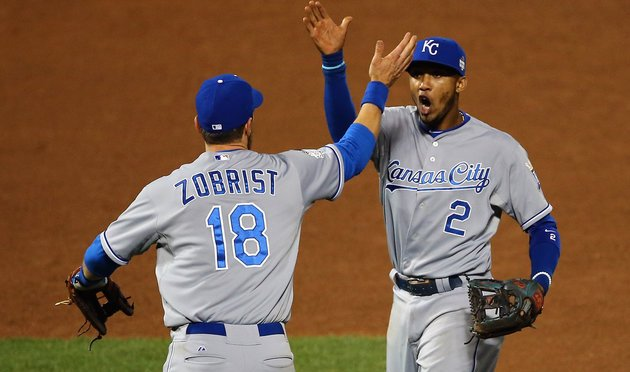 Royals Score Comeback Win In World Series