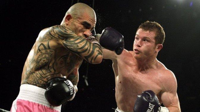 Canelo Alvarez beats Miguel Cotto by unanimous decision