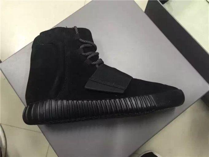 foot locker yeezy 350 black