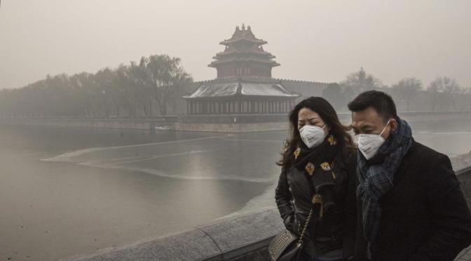 What Life Is Like in Beijing During China's Worst Pollution Crisis Ever