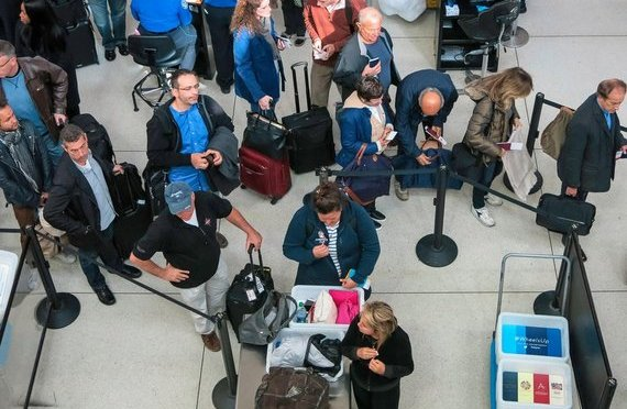 TSA To Stop Accepting Driver's Licenses From 9 U.S. States