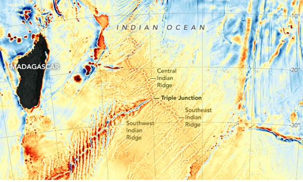 New Seafloor Map Reveals Secrets of Ancient Continents' Shoving Match
