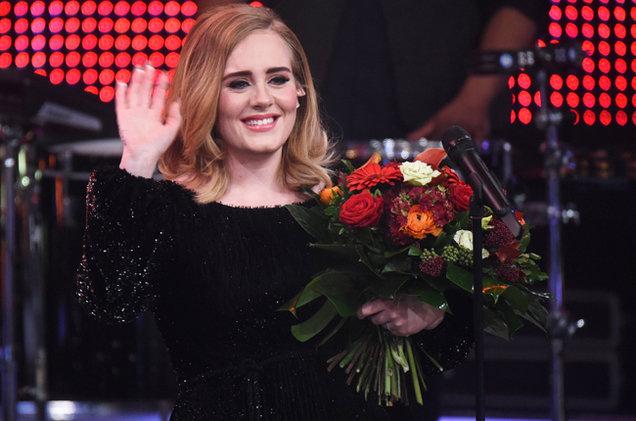 Adele's '25' Sales Surpass 8 Million in the U.S.