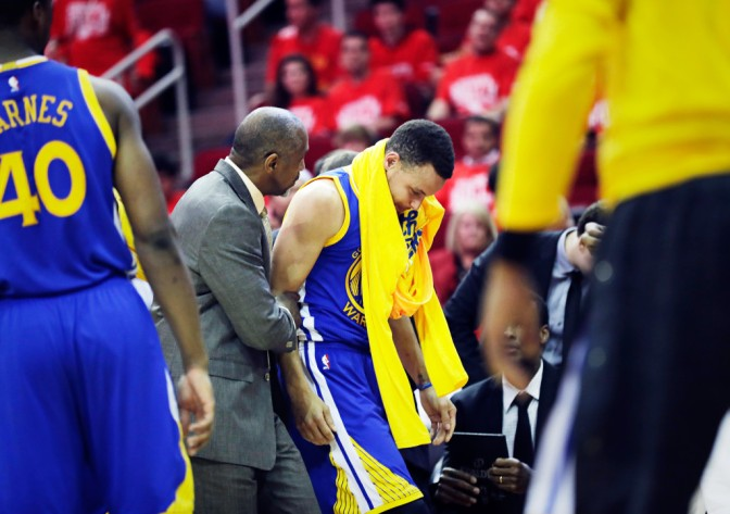 The Mad Dash to Get Injured Superathletes Like Steph Curry Back on the Court