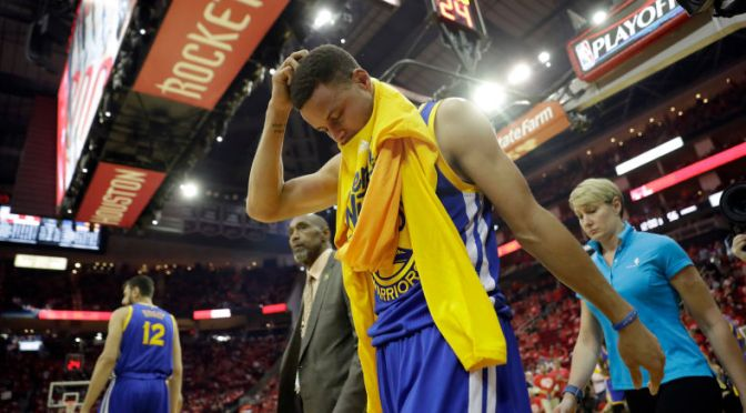 Steph Curry Will Miss At Least Two Weeks With a Sprained MCL