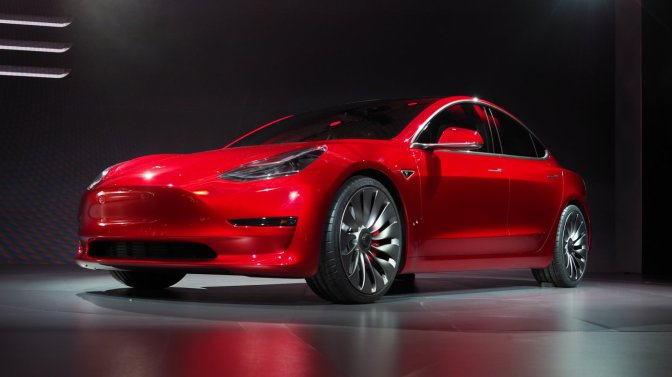 Tesla is selling $2 billion in stock to make the Model 3