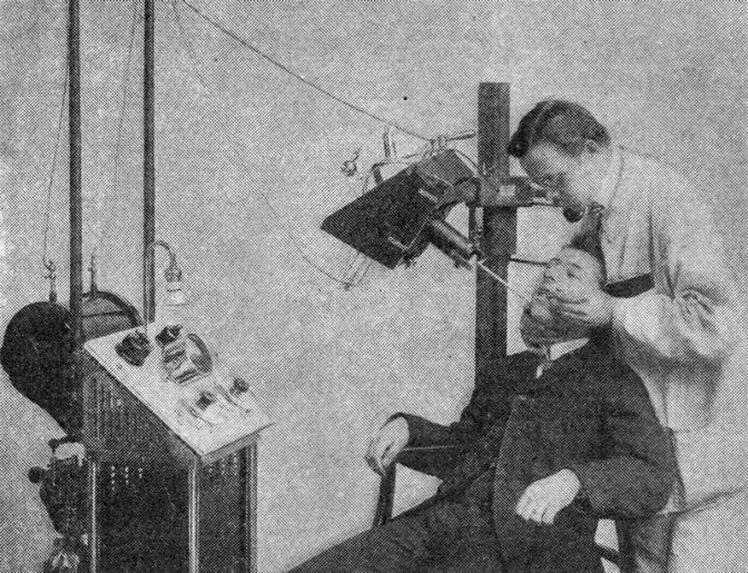 Going to the Dentist in 1909 Was a Nightmare, But X-Rays Were Supposed to Change All That