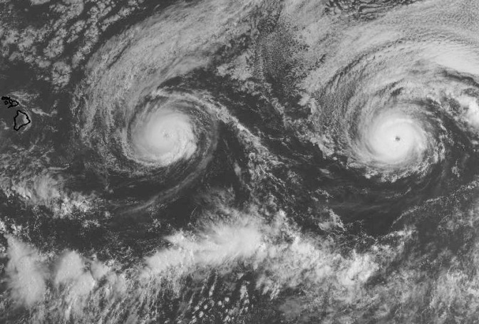 An 'Unprecedented' Pair of Hurricanes Is Churning Toward Hawaii