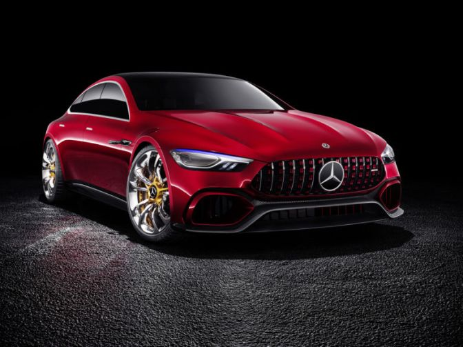 MERCEDES PUTS THE PORSCHE PANAMERA IN ITS CROSSHAIRS WITH THE 805-HP AMG GT CONCEPT
