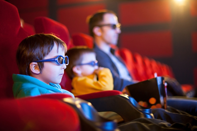 Hollywood considers $30 early movie rentals