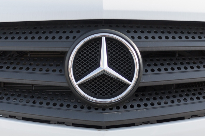 Daimler recalls one million Mercedes after dozens catch fire