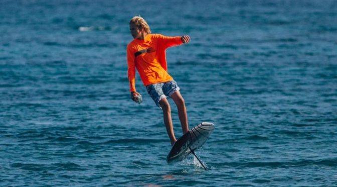 THIS ELECTRIC SURFBOARD FLIES ABOVE THE WATER, AND ALL OUR DREAMS ARE BECOMING REALITY