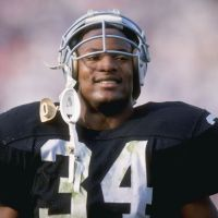 8 BO JACKSON HIGHLIGHTS THAT PROVE HE'S THE GREATEST ATHLETE TO EVER WALK THE EARTH