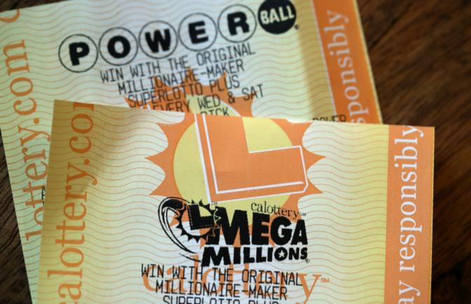 This 20-Year-Old Just Claimed the $451 Million Mega Millions Jackpot