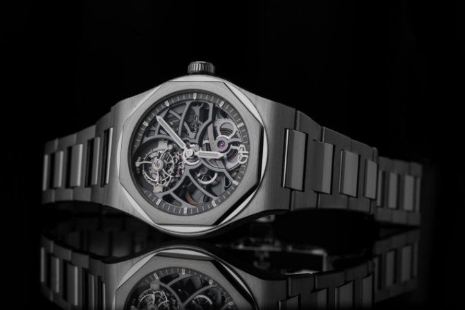 A Look Inside The Girard-Perregaux Laureato Flying Tourbillon Skeleton