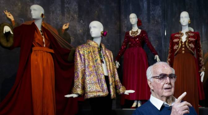 Fashion designer Givenchy dies at age 91