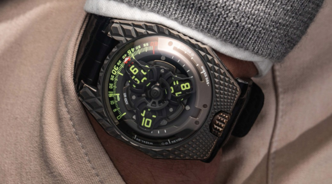 URWERK'S BALLER BRONZE 'T-REX' WATCH FEATURES DINOSAUR-LIKE SCALES