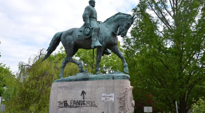 Charlottesville to Remove Robert E. Lee Statue That Was at the Center of Deadly White Supremacist Rally