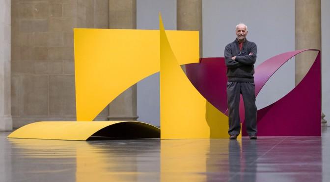 Legendary British Sculptor Phillip King Dead at 87